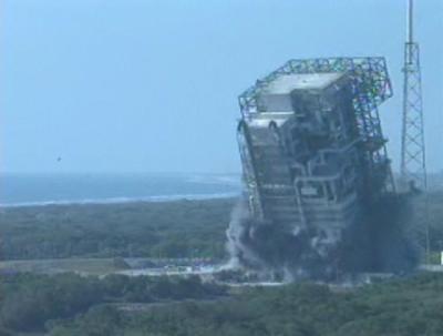 発射台解体で地揺れ