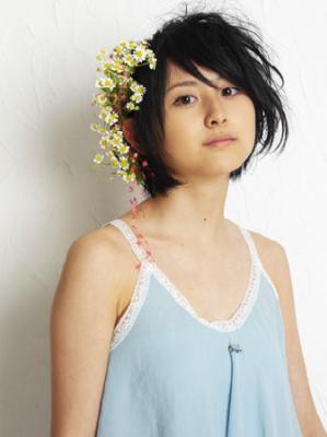 東宝シンデレラが自身作詞でCDデビュー