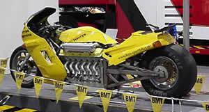BMWのV12エンジンを使ったバイク