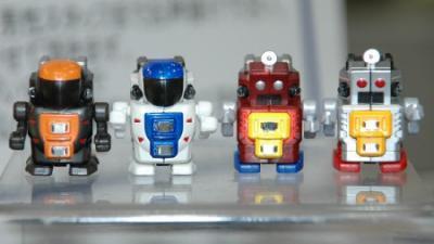 ブログ書くロボット!?