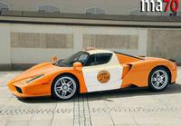 乗りたい!! エンツォフェラーリのタクシー