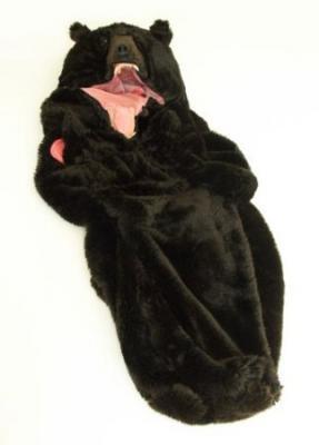 クマそっくりの寝袋